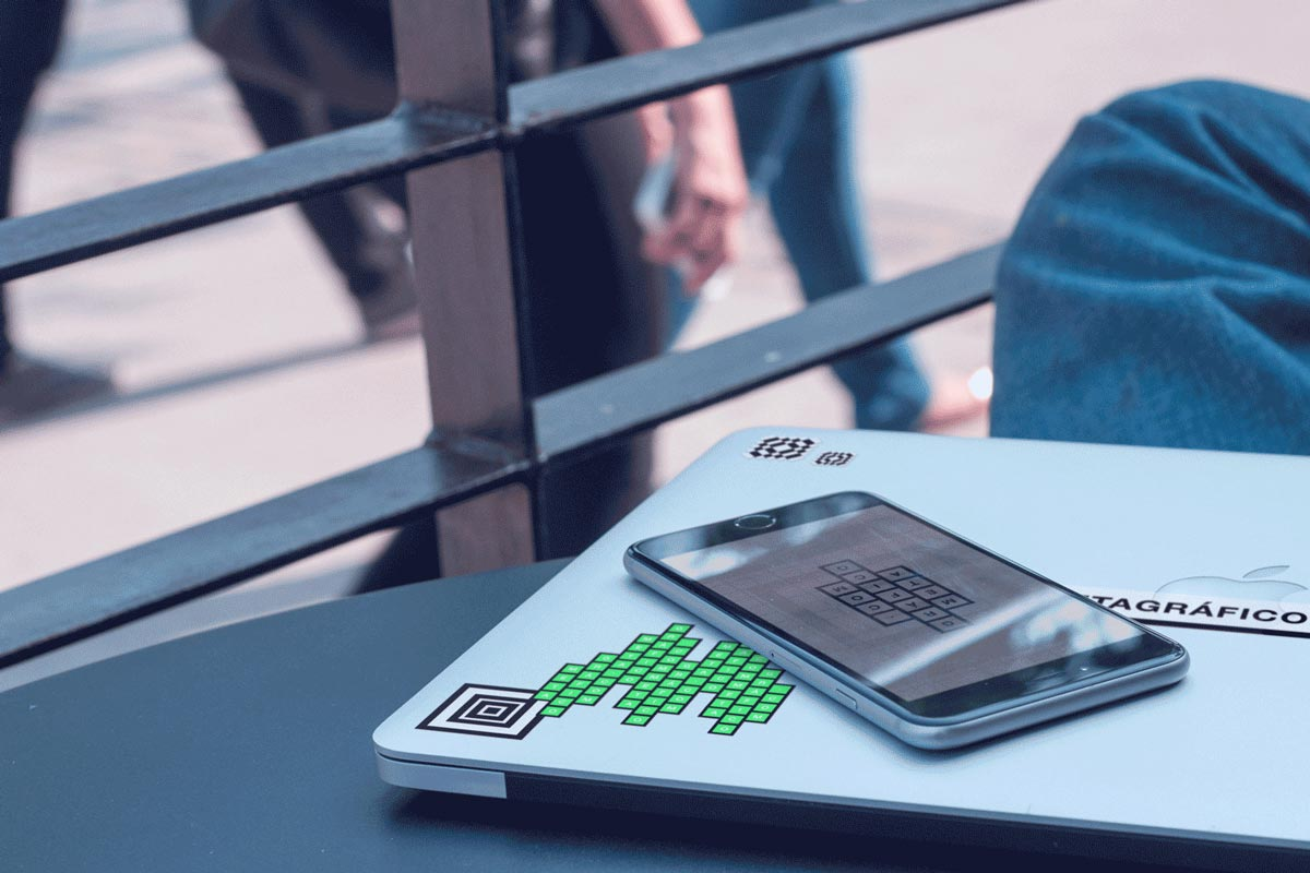 Macbook & iPhone